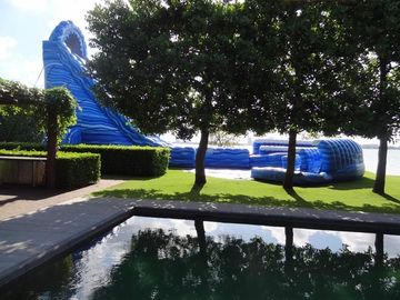 Large Cyclone 32ft Tall Massive Inflatable Water Slides For Big Amusement Park Or Event